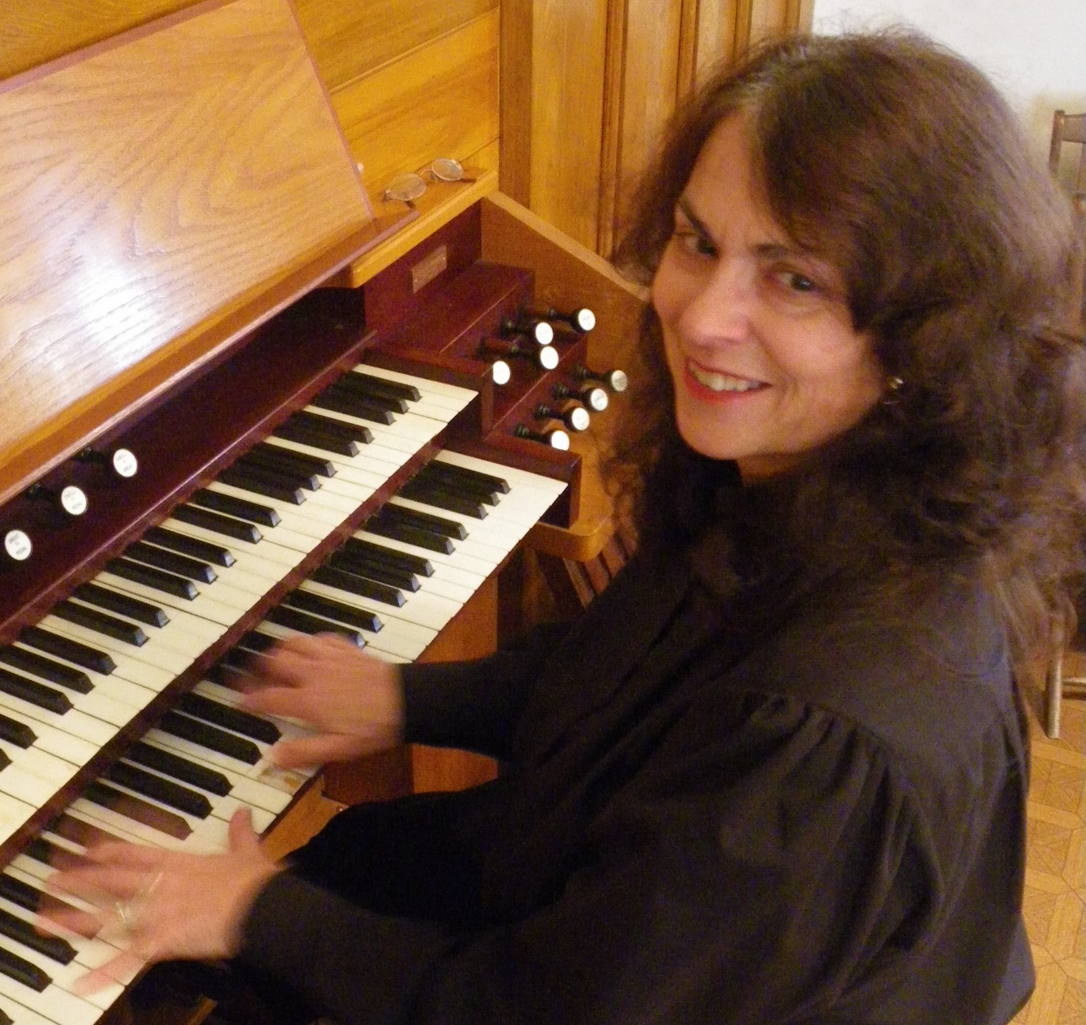Dianne Carpenter weaves organ music into the show!